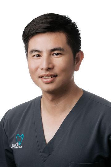Image of Dr Huy Nguyen